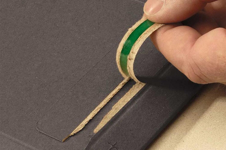 Vollpappe-Versandtasche PP V06.04, 237x342x -30mm mit SK-Verschluss A4+, schwarz
